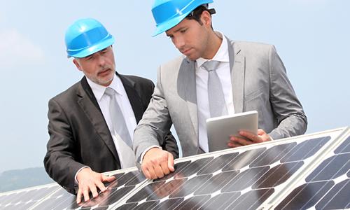 Udvælger arkitektoniske solceller til huset